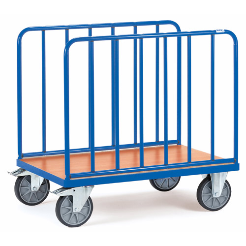 Bale trolleys with uprights